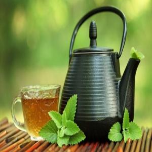 Chuyên gia Đông y chia sẻ công thức 5 loại trà thanh lọc gan, sáng mắt, tốt cho nội tạng